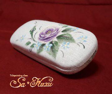 紫薔薇のメガネケース(布貼)tetoteに出品しました