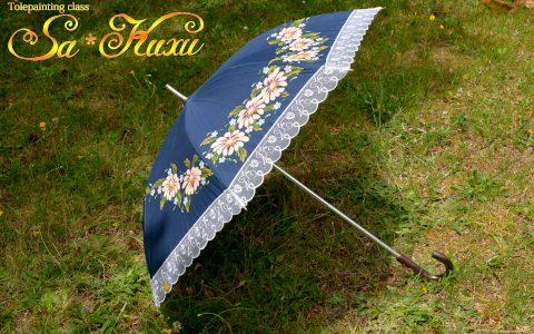 マーガレットの日傘(紺)晴雨兼用minneに出品しています
