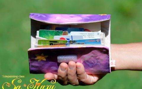 ホヌのカードケース紫minneに出品しています