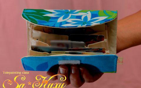 ティアレのカードケース青(ジャバラ)minneに出品しました