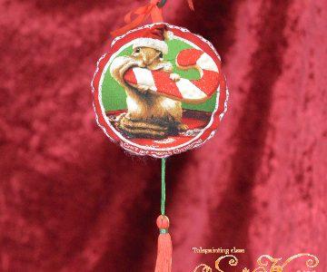 リスのクリスマス飾りminneに出品しています