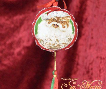 メガネ猫のクリスマス飾りminneに出品しています