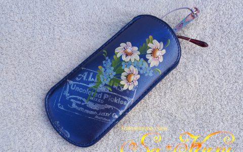 マーガレットのソフトメガネケース(青)minneに出品しました