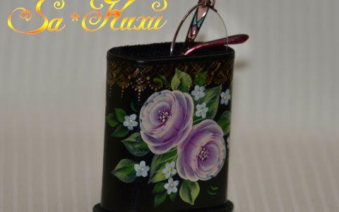 紫バラのメガネスタンド・黒minneに出品しました