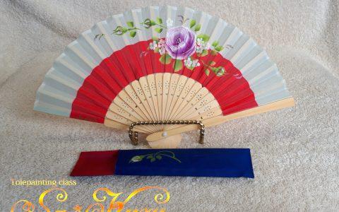 紫薔薇の布扇子ミニ(赤/灰)・ケース付minneに出品しています