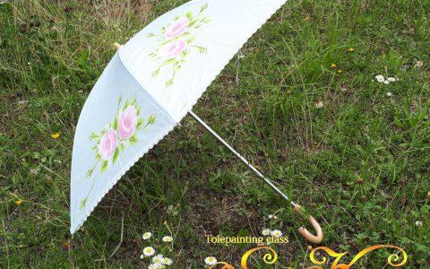 ピンク薔薇の日傘(水色)minneに出品しました