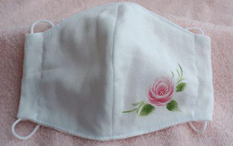 大人用立体布マスク白(ピンク薔薇)minneに出品しました