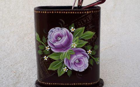 紫薔薇のメガネスタンド(茶)minneに出品しました